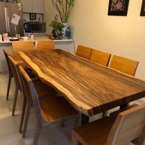Dining Suar Table