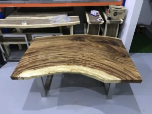 Dining Suar Table